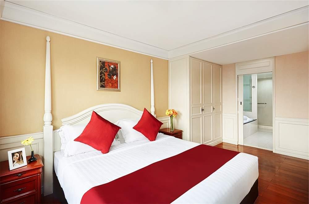 One Bedroom Suite Scenery